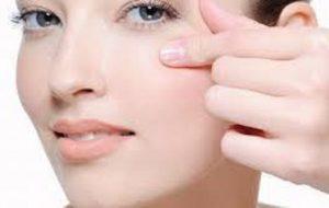 شیوه های مراقبت از پوست دور چشم