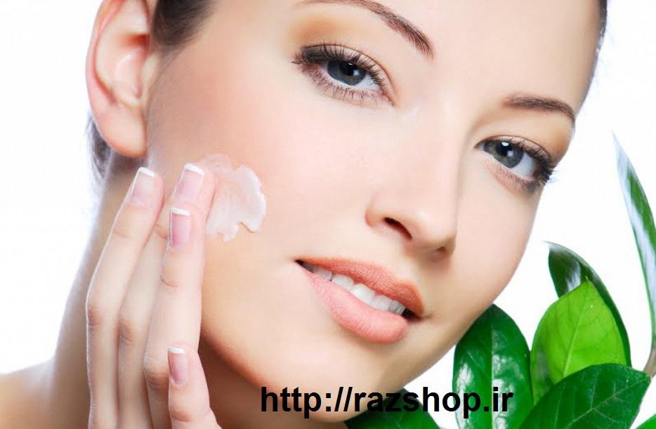 استفاده از کرم های مراقبت پوست و محصولات ضد پیری