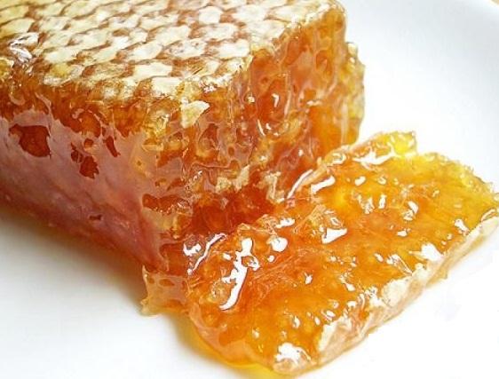عسل چه کاربردی در زیبایی دارد؟